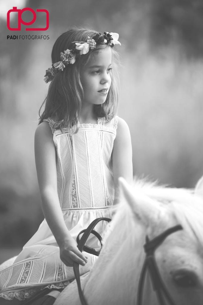 foto padi alaquas-fotografos valencia-fotografia niños exterior-fotografia comunion valencia-fotografo comunion valencia-trajes comunion-fotografias comunion exterior-fotografias comunion caballo_11