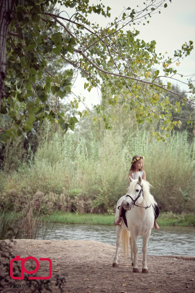 foto padi alaquas-fotografos valencia-fotografia niños exterior-fotografia comunion valencia-fotografo comunion valencia-trajes comunion-fotografias comunion exterior-fotografias comunion caballo_12