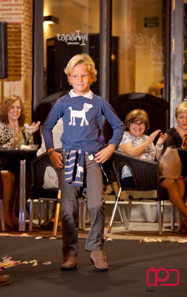 fotografo valencia-fotografo comunion valencia-fotografia comunion valencia-traje comunion-diseñador traje comunion-desfile rubio kids-foto padi alacuas-fotografia moda infantil_17