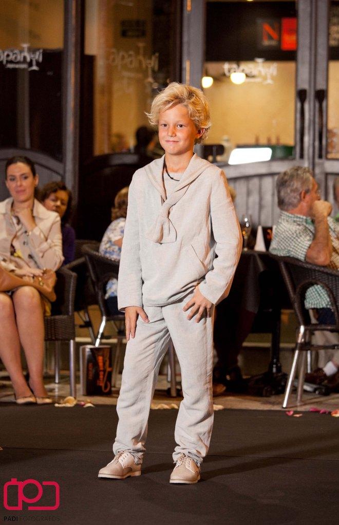 fotografo valencia-fotografo comunion valencia-fotografia comunion valencia-traje comunion-diseñador traje comunion-desfile rubio kids-foto padi alacuas-fotografia moda infantil_40