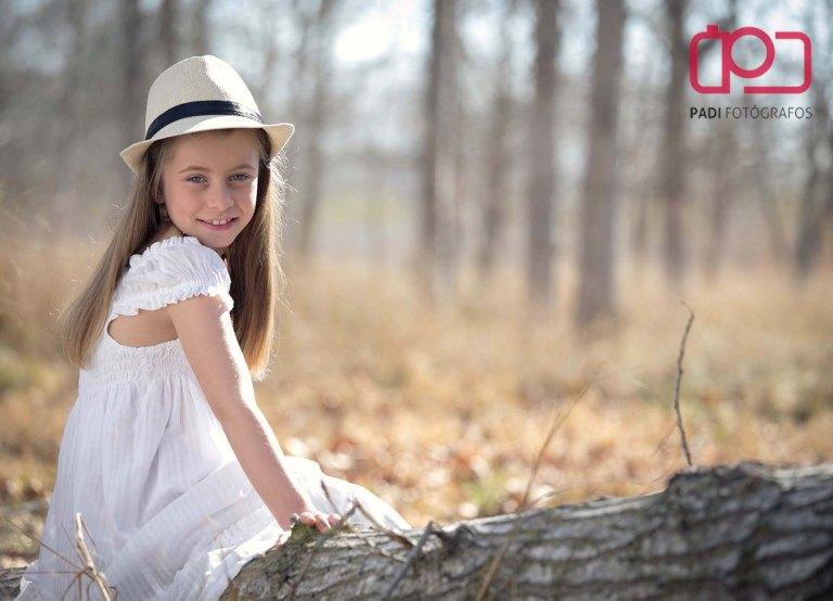 fotografo valencia-fotografo comunion-fotografia niños estudio-traje comunion niña-fotografia comunion exterior_10