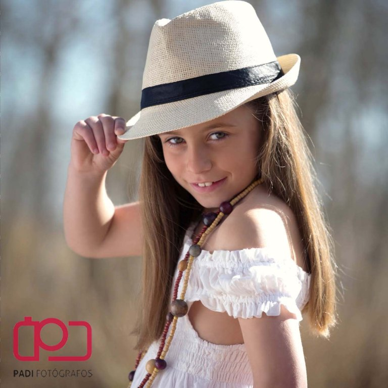 fotografo valencia-fotografo comunion-fotografia niños estudio-traje comunion niña-fotografia comunion exterior_11