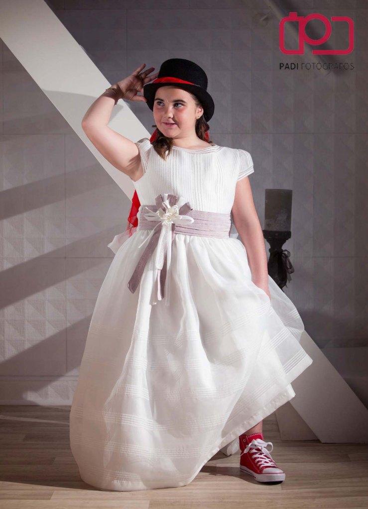 fotografo valencia-fotografo comunion-fotografia niños estudio-traje comunion niña-fotografia comunion exterior_8
