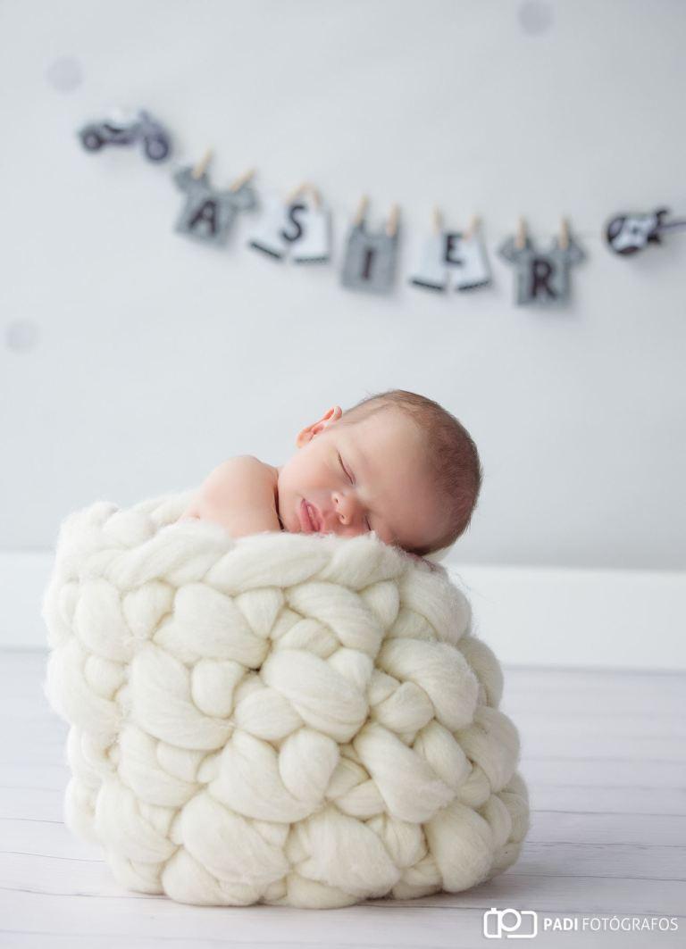Fotografía de recién nacido Asier